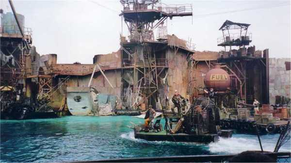 uv-waterworld4